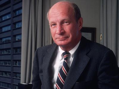 Avant de mourir, ce banquier millionnaire a laissé sur son bureau 25 règles pour réussir dans la vie et la finance