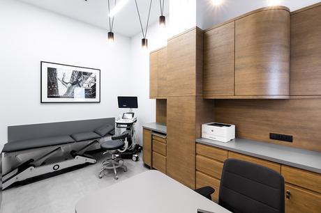 Le studio mode:lina signe la modernité et le minimalisme de la Credus Clinic