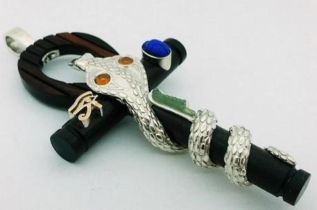 pendentif serpent egyprien