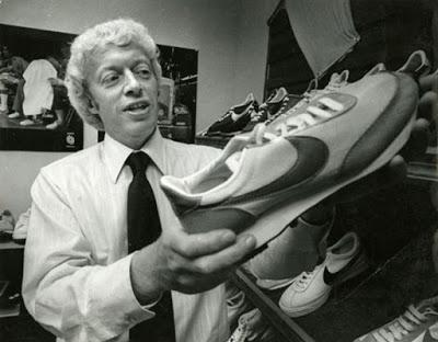 Le montant ridicule que le milliardaire fondateur de Nike a payé pour le célèbre logo en 1971
