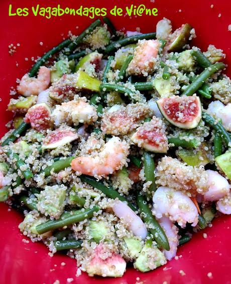 Salade de quinoa aux crevettes, figues, avocats et haricots verts