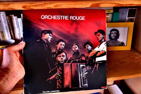 Orchestre rouge - Yellow Laughter (1982)