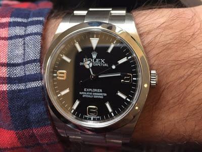 Je portais une Rolex à 6.000$ pendant un mois, voici ce qu'elle m'a appris sur la richesse et le statut