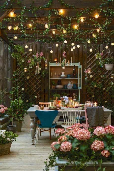 pergola salle à manger extérieur terrasse décoration romantique vintage urban jungle clemaroundthecorner