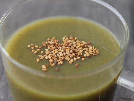 Soupe de poireau et graines de sésame.