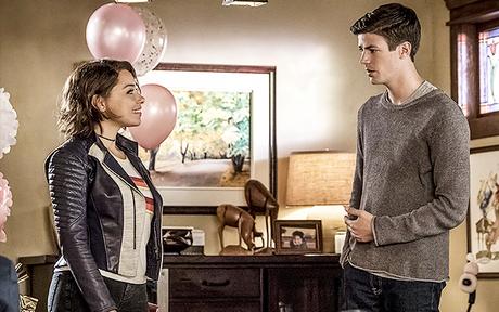 Audiences US Mardi 9/10 : Retour stable pour The Flash, Black Lightning en baisse !