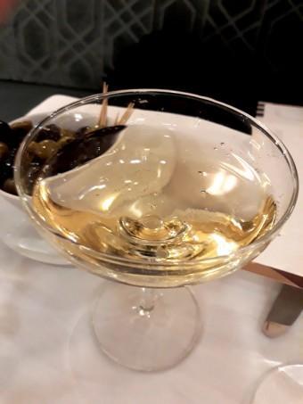 Coupe de champagne à l'ancienne © Gourmets&co