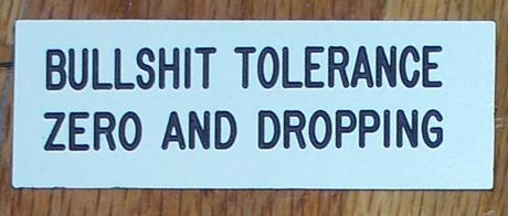 Tolérance déviante : Le oui inapproprié