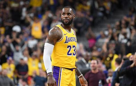 lebron-james-los-angeles-lakers-img2