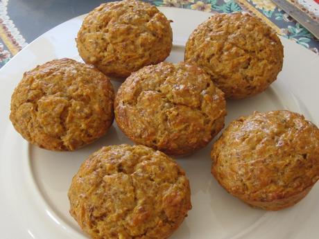 Muffins au comté/carottes/noix