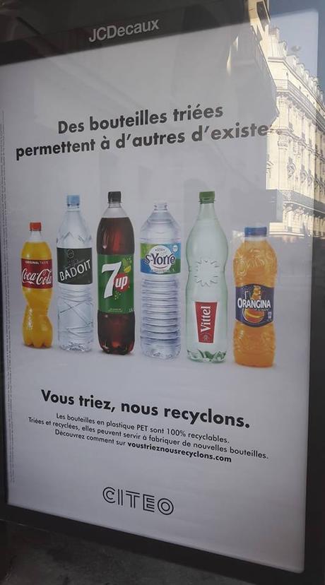 Une publicité créative sur le recyclage… dommage que le message soit biaisé…