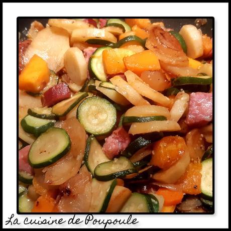 Poêlé de légumes de citrouille, pommes de terre, cougettes à la saucisse de Morteau