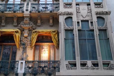 espagne saragosse art nouveau modernisme kiosque calle del coso