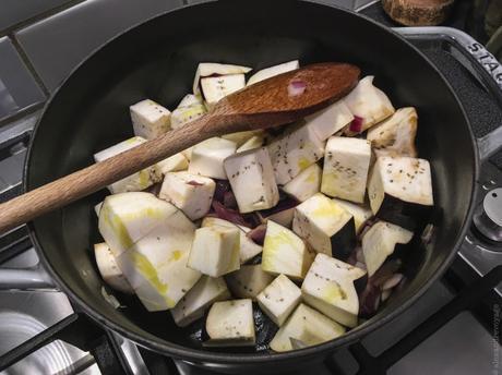 Dernières – Petit curry d'aubergine et de pomme de terre