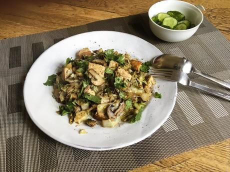 Petit bonheur express – Wok de chou, champignon et tofu
