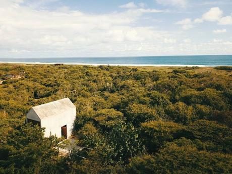 Mexique / Une petite maison de vacances sur une côte idyllique /