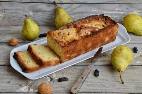 Cake aux poires, aux amandes et à la fève tonka