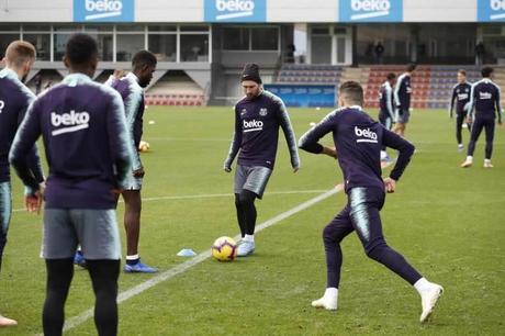 Umtiti et Messi de retour à l'entraînement collectif
