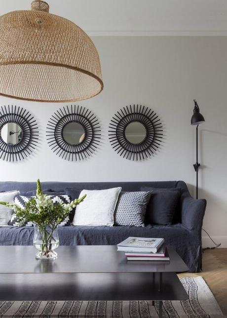bohème scandinave salon miroir soleil noir lustre osier suspension bambou ethnique blog déco clem around the corner