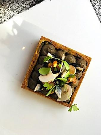 Tarte aux champignons, anchois © Olivia Goldman