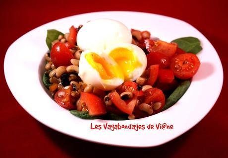Salade d'épinards, haricots cornille et œufs mollets
