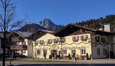13 Bilder Morgenlicht in Mittenwald / Joie solaire à Mittenwald en 13 photos