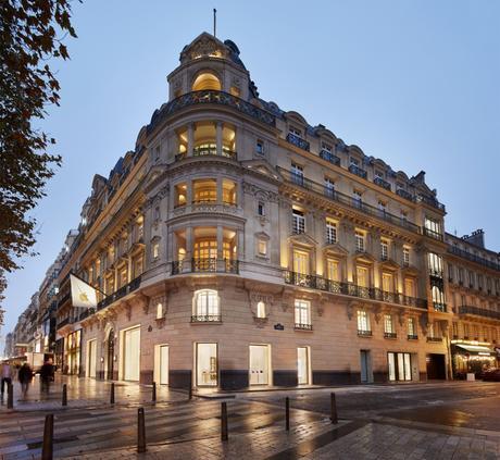 Apple Champs-Élysées ouvrira ce dimanche sur la célèbre avenue parisienne