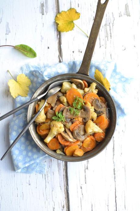 Poêlée de champignons et petits légumes au cidre {...et petits conseils avisés sur les champignons : comment les choisir, les laver, les cuisiner}