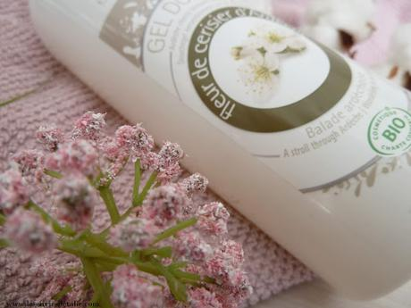 Gel douche bio à la fleur de cerisier d'Ardèche Emma Noël