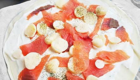 Pizza au saumon  Un avant goût des fêtes  à petit prix !