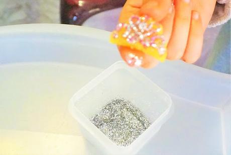 Crée tes bijoux en cristaux, avec Dujardin !