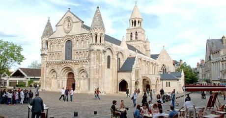 Poitiers: La deuxième ville où il fait bon vivre !
