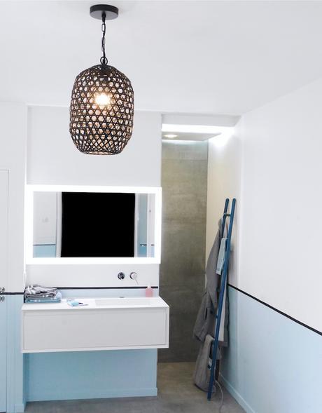 avant après salle de bain transformation baignoire douche italienne - blog déco - clem around the corner