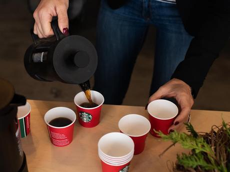 Café Starbucks & confection de couronne de Noël !