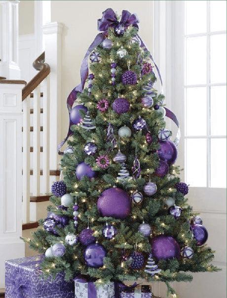 Quelles couleurs utiliser pour sa décoration de Noël ? Le Feng Shui a tout prévu. Suivez les conseils de @decocrush - www.decocrush.fr