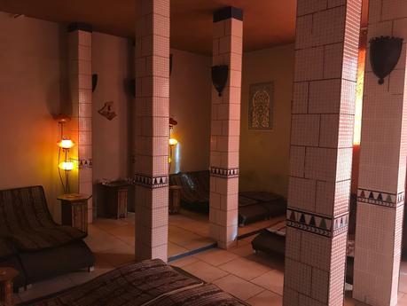 Instant de détente à l'institut Zen Hammam
