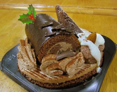 Recette de bûche de Noël au nougat, pain d'épice, chocolat lait