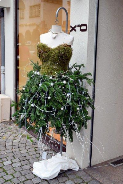 Robe en sapin de Noël à Sélestat © French Moments