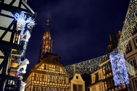 La place du marché-aux-cochons-de-lait à Strasbourg © French Moments