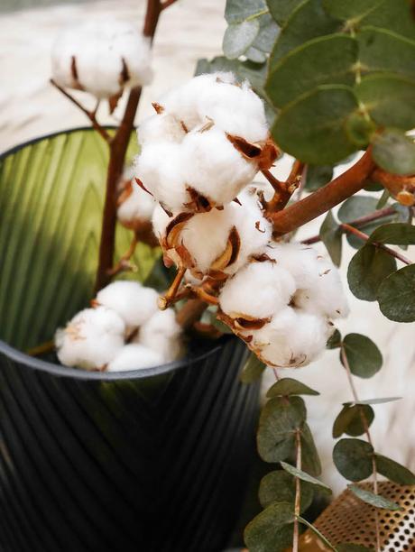 diner romantique de Noël bougeoir doré fleur de coton - blog déco - Clem around the corner
