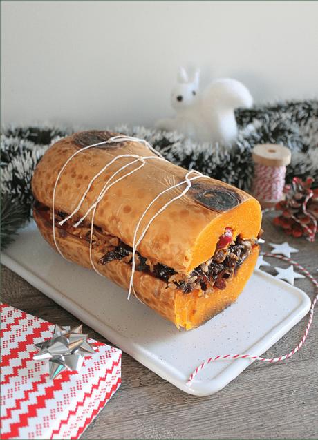 Noël vegan et sans gluten : Rôti de butternut farci et son chutney d'oignon rouges par www.cookalifebymaeva.blogspot.com