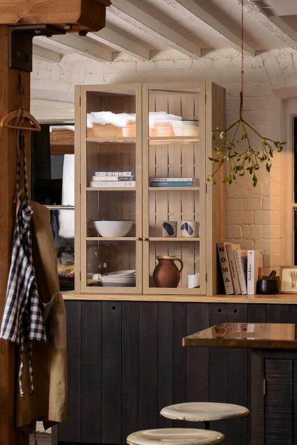 Cuisine en bois par le designer Sebastian Cox