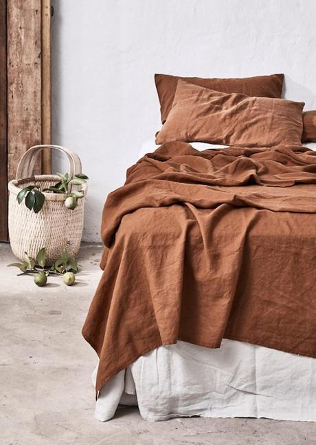 couleur terracotta lit couverture lin blog déco clem around the corner