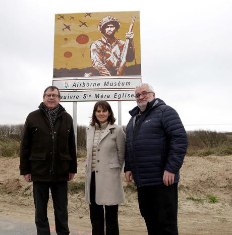 #Tourisme - Nouvelle signalisation touristique dans la Manche : les premiers panneaux posés !