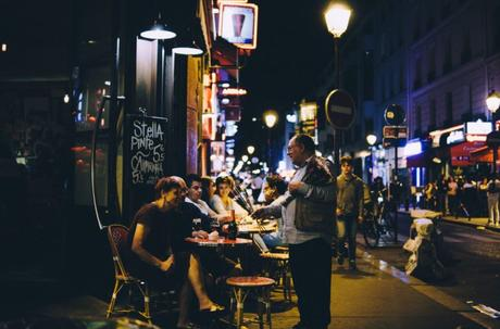 Où et comment rencontrer du monde à Paris ?