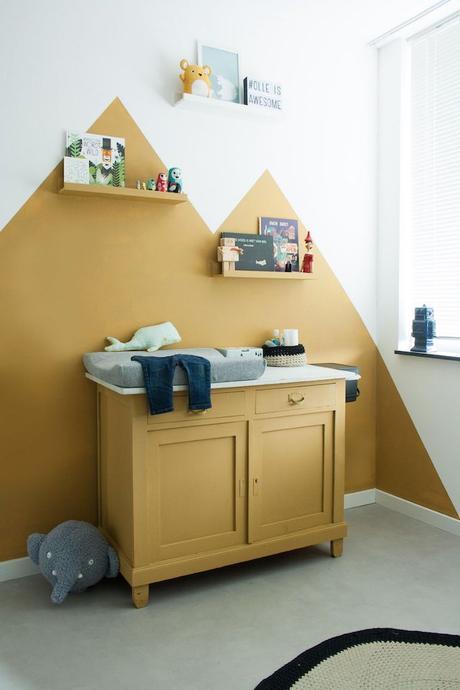 déco couleur jaune moutarde chambre bébé nurserie meuble montagne blog déco clem around the corner