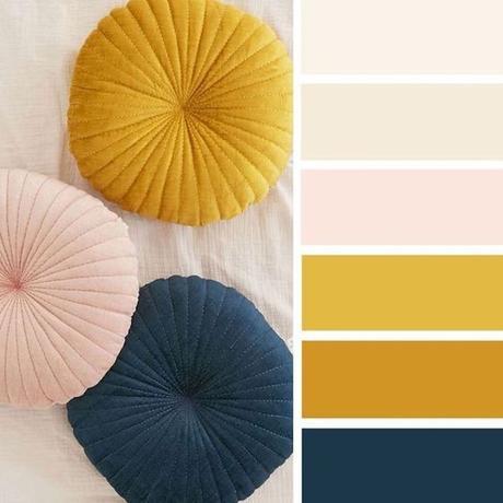 déco couleur jaune moutarde rose bleu nuit paon bleu canard blog déco clem around the corner