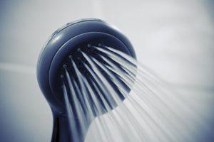 Comment prendre soin des cheveux bouclés ?