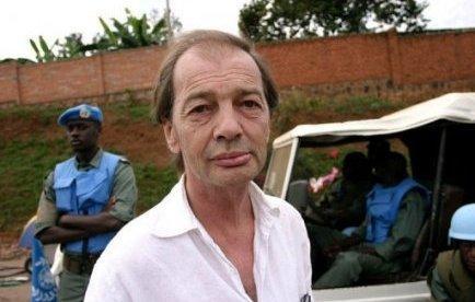 À La Recherche Du Temps Perdu*****************Un Dimanche à La Piscine à Kigali de Gil Courtemanche