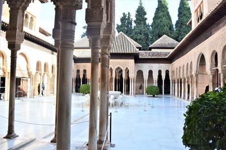 L'Alhambra de Grenade, une visite à ne pas manquer.